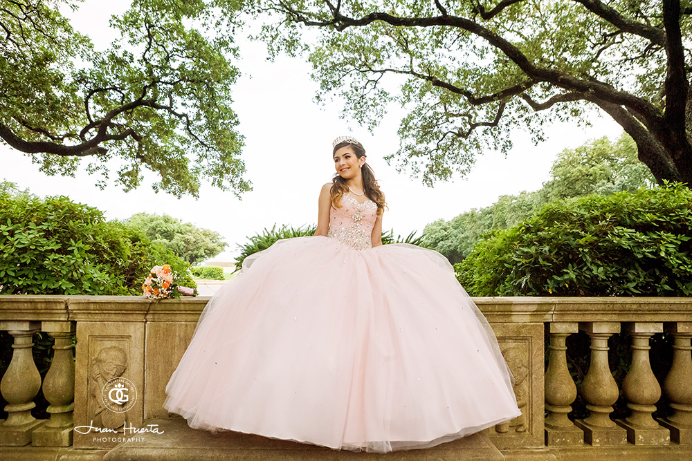 Simple Wedding Dresses Houston: Quinceaneras In Houston: The Fine Art Photography Approach