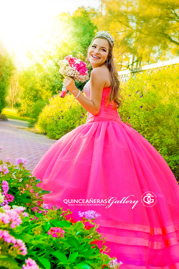 Houston Quinceanera Portrait Photo Session - Sesion de fotos 15