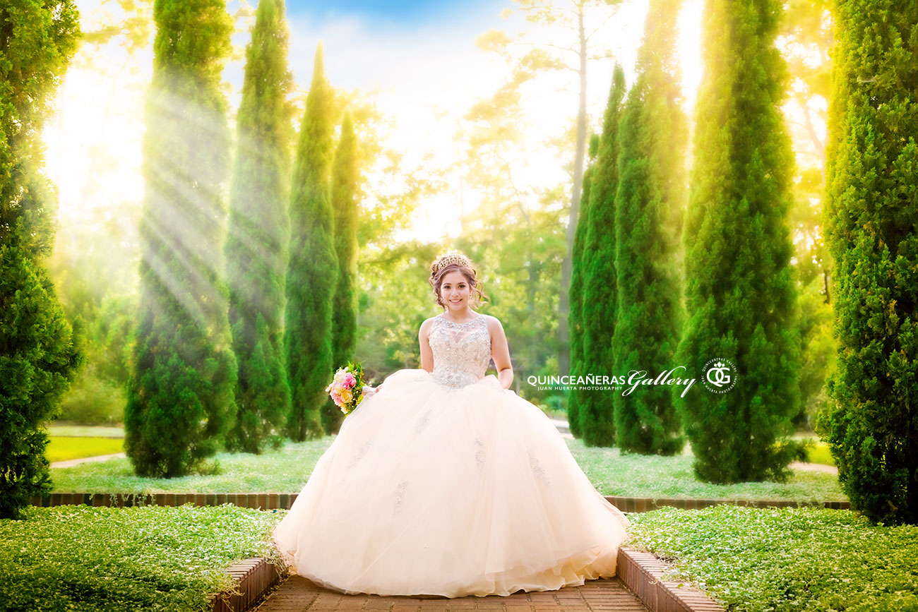 houston-quinceaneras-quinceanera-gallery-photography-juan-huerta