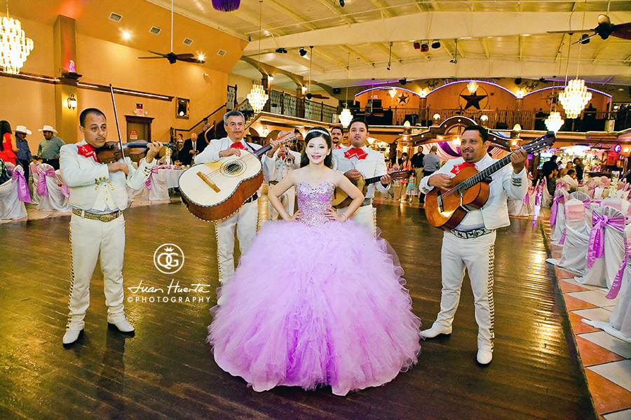 herreras-event-hall-mariachis-quinceaneras-gallery-photographer-juan-huerta-photography