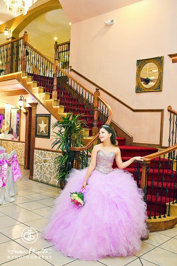 herreras-event-hall-salon-quinceaneras-gallery-photographer-juan-huerta-photography