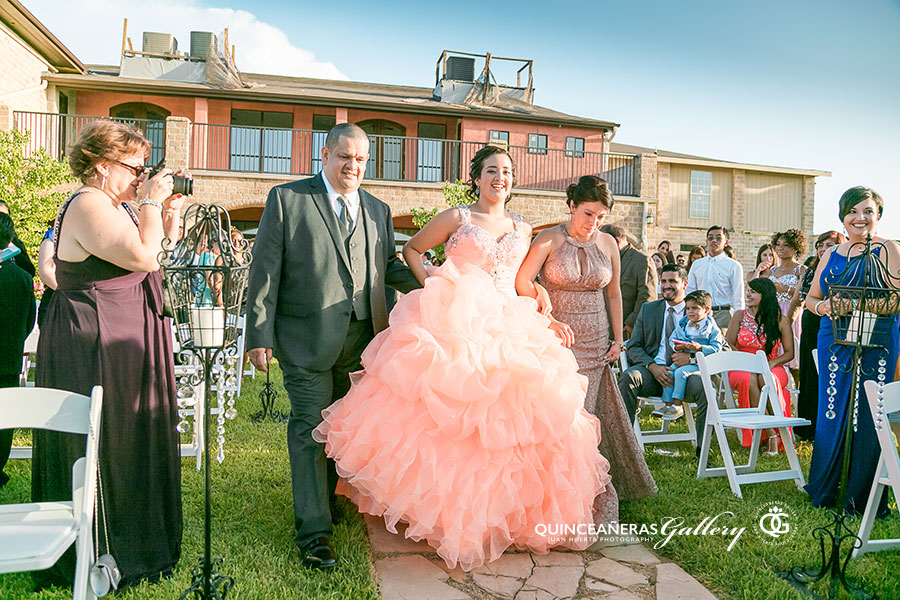 houston-quinceanera-reception-halls-juan-huerta-photography