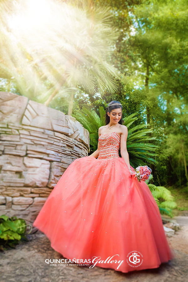 quinceaneras-gallery-photography-houston-tx-juan-huerta-photography