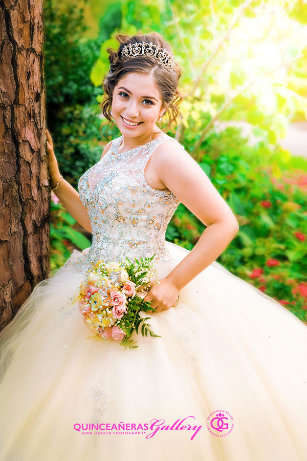 quinceanera-photographer-quinceanera-gallery-juan-huerta-photography