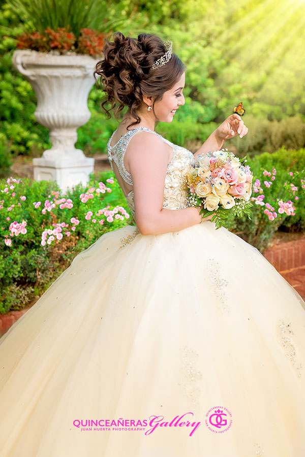 houston-texas-quinceanera-gallery-photographer-juan-huerta-photography