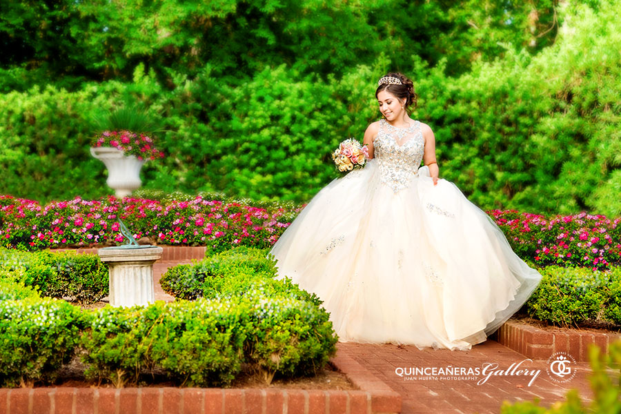 quinceanera-gallery-houston-texas-photographer-juan-huerta-photography