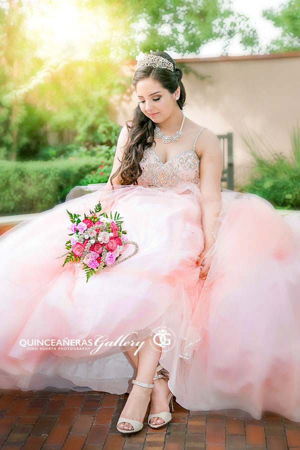 houston-quinceanera-gallery-best-photographer-photo-session-princess-princesa-juan-huerta-photography-fotografia-15-fotografos-xv-texas