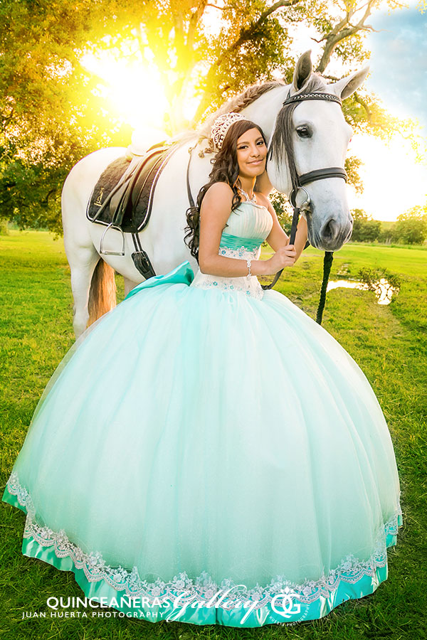 richmond-katy-quinceaneras-gallery-juan-huerta-photography