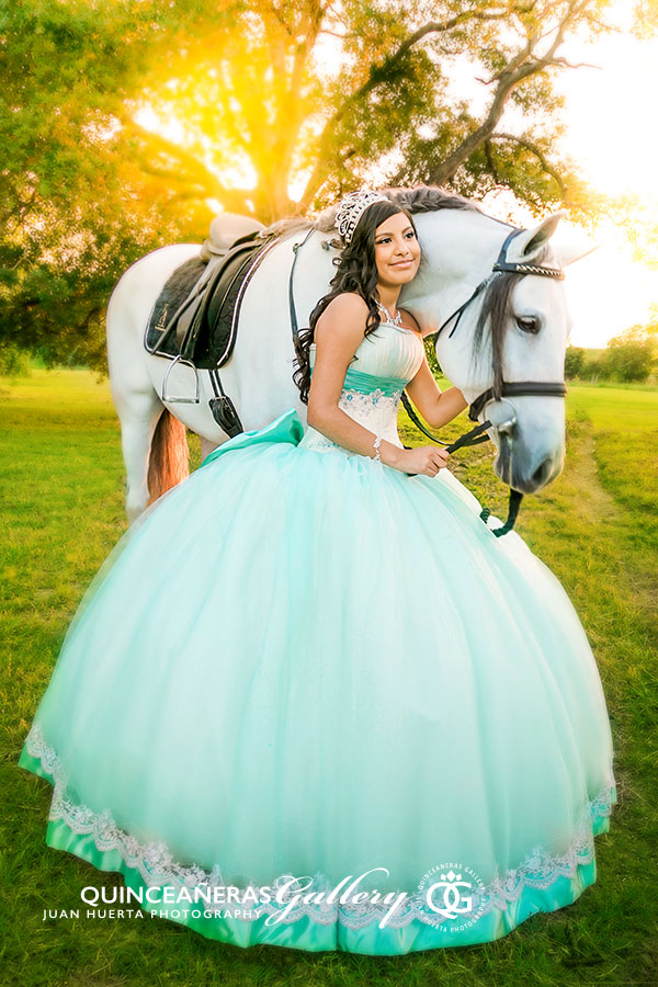houston-katy-richmond-brookshire-quinceaneras-gallery-photographer-juan-huerta-photography