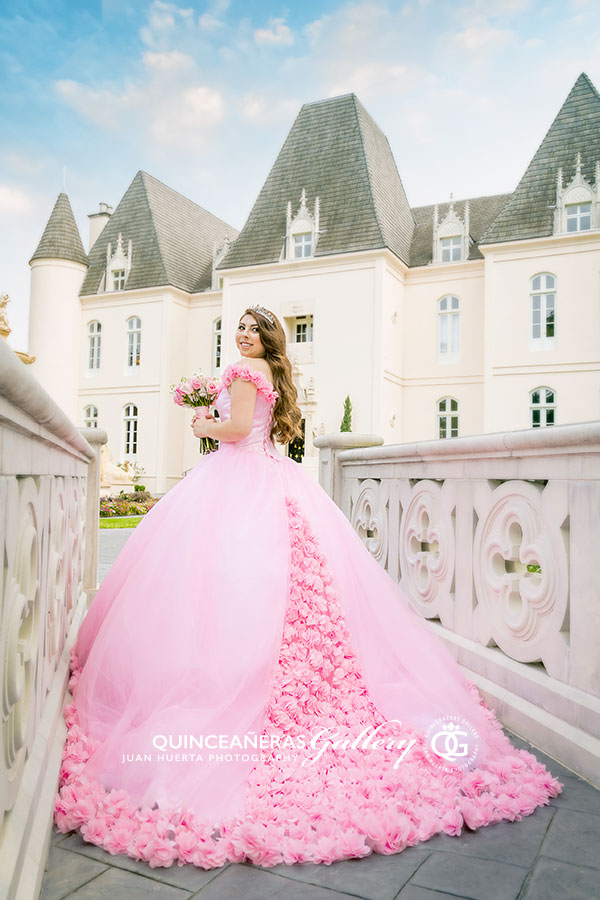 chateau-cocomar-quinceaneras-gallery-juan-huerta-photography
