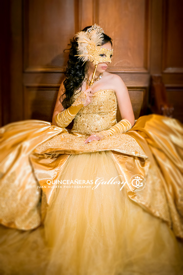 galveston-masquerade-themed-quinceaneras-gallery-juan-huerta-photography