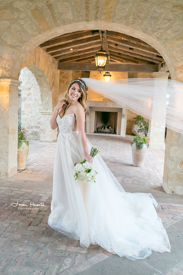 houston-wedding-photographer-juan-huerta-photography-bridal-session