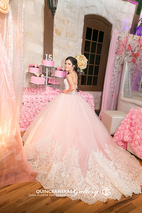 5f8cbfabac1 Quinceaneras around the world  Destination quinceaneras photography is also  available for California