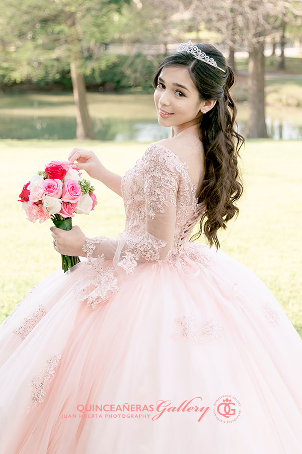baytown-houston-texas-quinceaneras-gallery-juan-huerta-photography-video-prices-packages