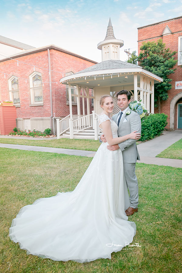 houston-texas-wedding-photographer-under-2000-juan-huerta-photography-77056-htown