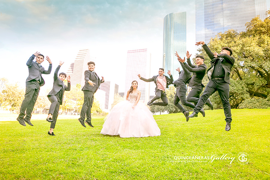 houston-texas-best-quinceaneras-gallery-juan-huerta-photography-video-prices-packages-upscale-events
