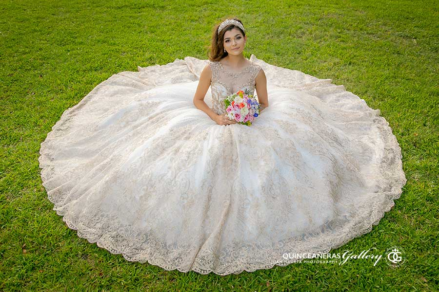 best-houston-texas-quinceaneras-gallery-photographer-juan-huerta-photography-video-prices-packages